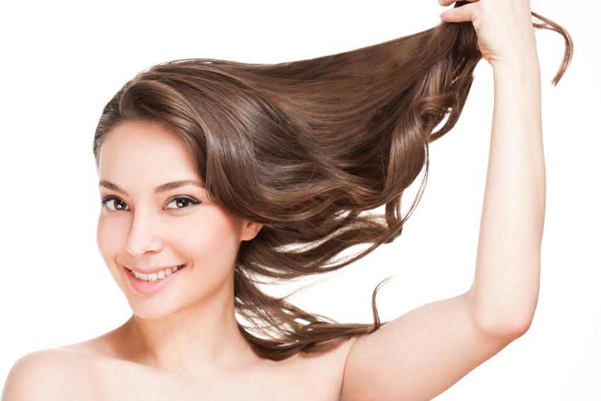 10 produktów, które zapobiegną wypadaniu włosów