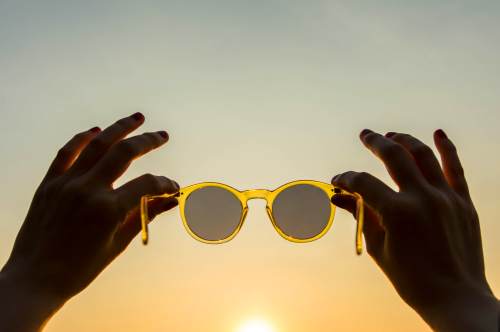 Jak chronić oczy latem?