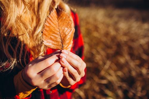 Jak zadbać o paznokcie jesienią?