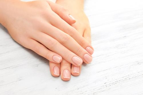 Domowe sposoby na piękne dłonie i paznokcie.